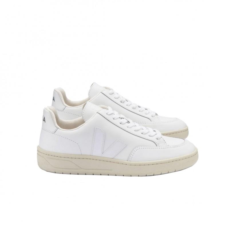 XD022297 - VEJA V-12 in vendita su Naturalshoes.it