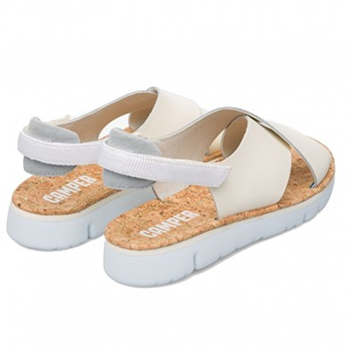 K200157 - Niedrige Sandale für Damen mit verwobenen Bändern CAMPER Modell ORUGA in vendita su Naturalshoes.it