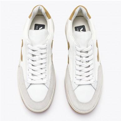 Sneaker da donna del marchio VEJA modello V12 B-MESH art. XDW011539 in vendita su Naturalshoes.it