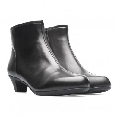 Tronchetto donna CAMPER modello HELENA - 46232 in vendita su Naturalshoes.it