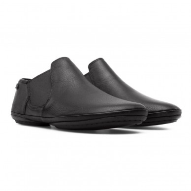 K400123 - CAMPER Damenschuh Modell RIGHT in vendita su Naturalshoes.it