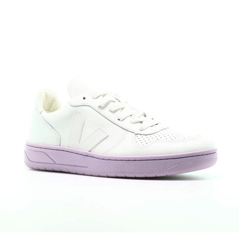 VEJA Frauenturnschuhe aus Leder - VXW021657 in vendita su Naturalshoes.it